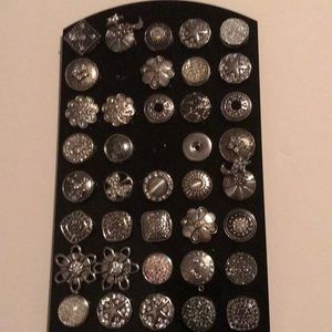 Silver snaps with bling!  BRAND NEW!!